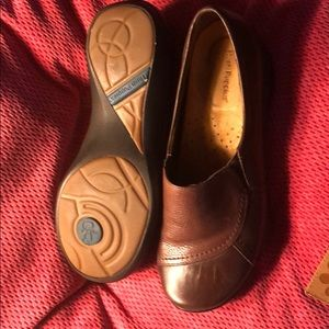 Two tone brown leather Hush Puppies